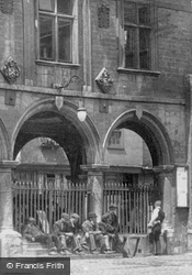 Men On The Guildhall Steps 1904, Peterborough