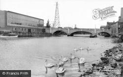 Peterborough, River Bridge From Embankment c.1950