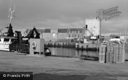 Peterhead, Harbour And Town 2006