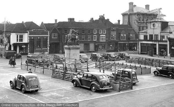 Petersfield, Market Square c1950