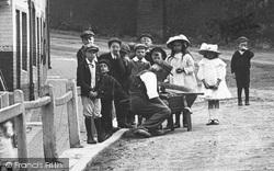 Petworth, Children In North Street 1908