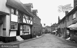 Petworth, High Street 1936