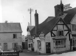 Petworth, Saddler's Row c.1950
