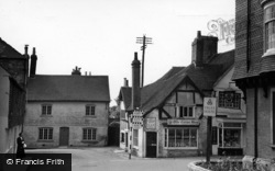 Petworth, Saddler's Row c.1955