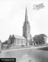 Petworth, St Mary's Church 1928