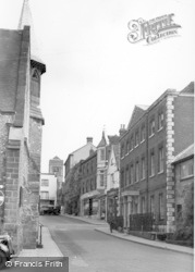 Petworth, View From Golden Square c.1955