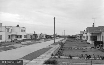 Pevensey Bay, Westham Drive c1951
