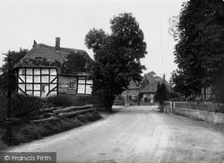Pewsey, Ball Road 1929