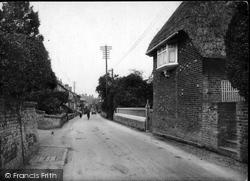 Pewsey, High Street 1929