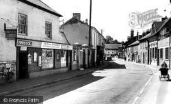 Pewsey, High Street c.1960