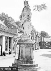 Pewsey, The King Alfred Statue c.1955