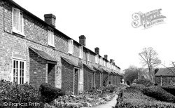 Pewsey, Wilderness Row c.1955
