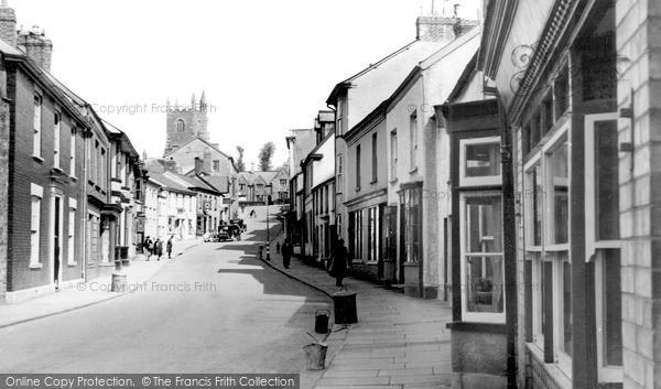 Photo of Pilton West, the Village c1940, ref. P52001