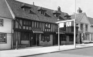 Pinner, The Queens Head c1955