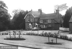 Pirbright, The Royal Oak c.1965