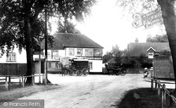 Pirbright, The White Hart 1908
