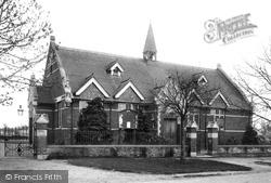 Town Hall 1908, Pirbright
