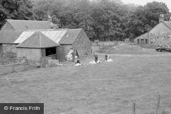 Barn Near Clunie Memorial 1961, Pitlochry