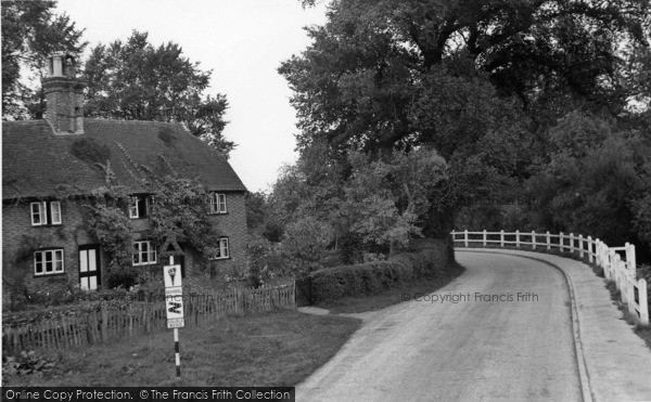 Photo of Plaistow, The Pond Cottages c.1960