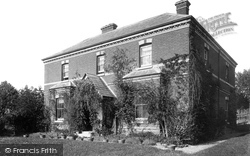 Plaxtol, Allens House 1902