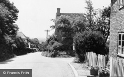 Pluckley, Forge Hill c.1950
