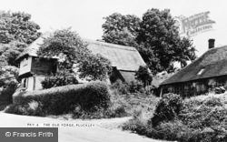 Pluckley, The Old Forge c.1950
