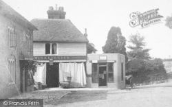 Pluckley, Village Shop 1901