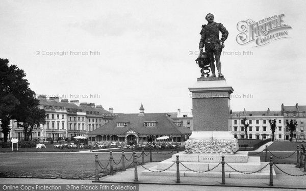 Photo of Plymouth, Drake's Statue 1930