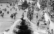 Plymouth, the Bathing Pool c1950