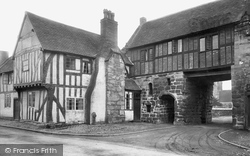 Polesworth, Gatehouse 1924