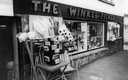 Polruan, the Winkle Picker c1965