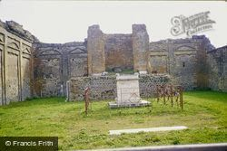 1982, Pompeii