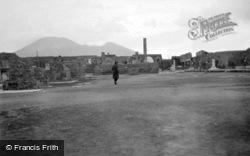 Forum c.1930, Pompeii