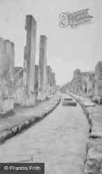 Side Street c.1930, Pompeii