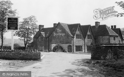 Pontllanfraith, The Penllwyn Old Nunnery c.1965