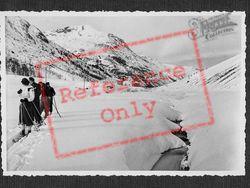 Skiers In Berninahauser c.1937, Pontresina