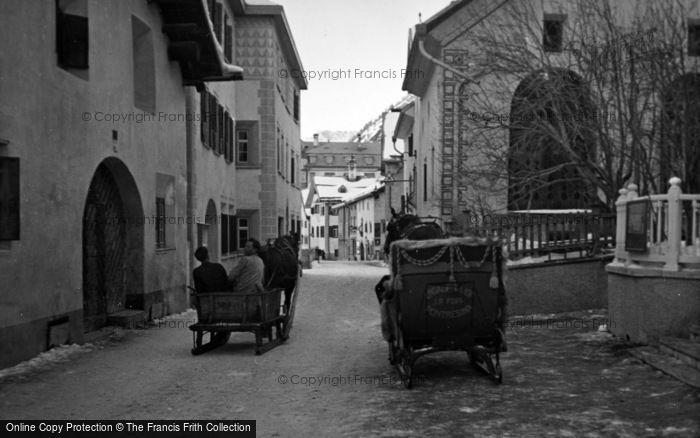 Photo of Pontresina, Sledges c.1937