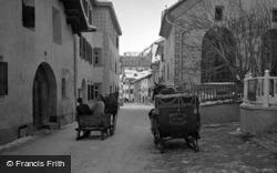 Sledges c.1937, Pontresina