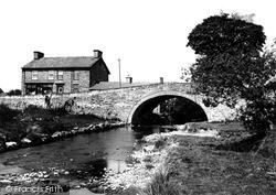 Pontrhydfendigaid, The River Teifi And Bridge c.1950