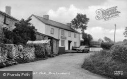 The Royal Oak c.1955, Pontrobert
