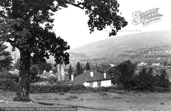 Pontymister, view from Ochwyth c1955