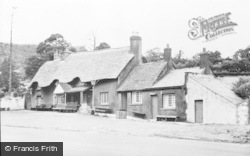 Pontypool, The Horse And Jockey c.1955