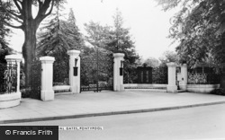 Pontypool, The Memorial Gates c.1960