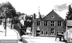 Pontypridd, Free Library 1899