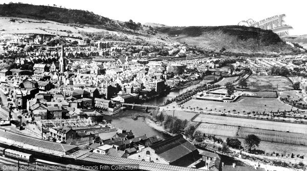 Photo of Pontypridd, Graigwen from above the Station c1925