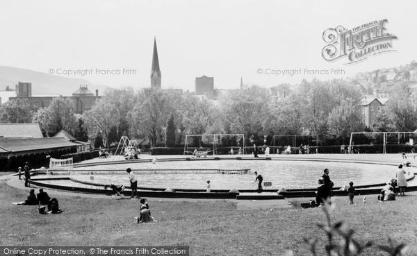 Photo of Pontypridd, Paddling Pool, Ynysangharad Park c1960