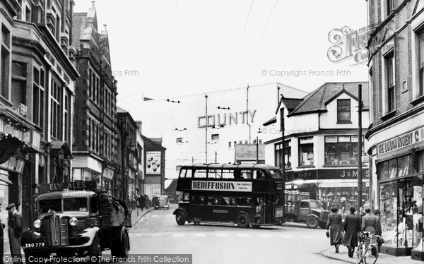 Photo of Pontypridd, Taff Street 1952