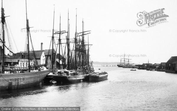 Poole, the Quay 1908