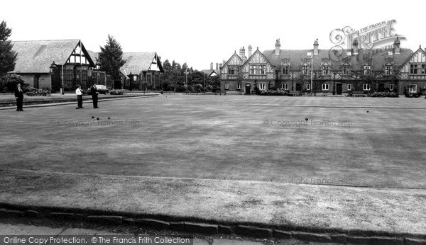 Port Sunlight, Bolton Road Bowling Green c1965
