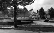 Port Sunlight, Gardens and Fountains c1955